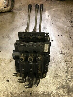 Ransomes 3 Lever Valve Block Parkway 225 Hydraulic Levers