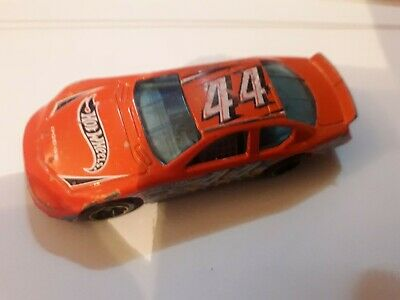 Hot Wheels 2012 Diecast Car Dodge Charger Leeway 44