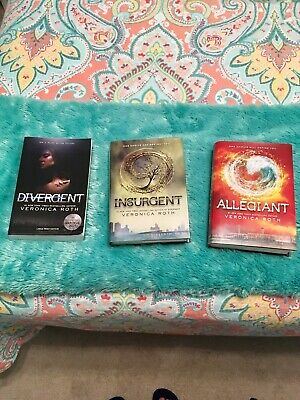 Divergent Series 3-Book Set by Veronica Roth FREE SHIPPING
