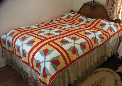 Great Quilting!! Antique Red Green Gold TULIP QUILT