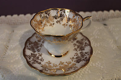 Royal Albert Fine Bone China Teacup And Saucer - White And Gold Flower Chintz