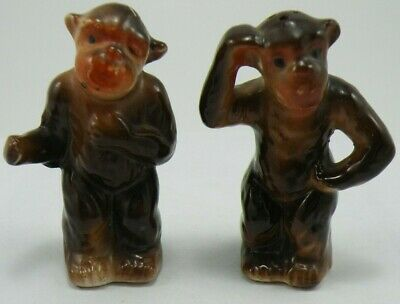 Vintage Ceramic Pair of Monkey Salt and Pepper Shakers, Japan