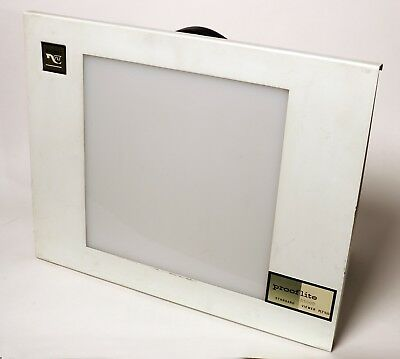 Macbeth Prooflite (Light Box) D5000 Standard Viewer Plt 510,