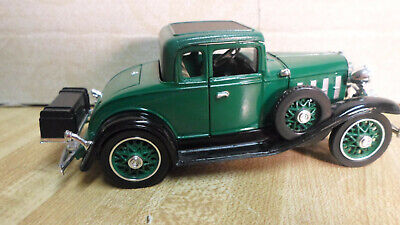 1/32 SCALE CONFEDERATE Series Green 1932 Chevy Coupe Diecast Car