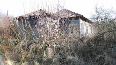 Bulgaria House 2400 Sq m land need full repair Cheap for the area 21 km to  sea