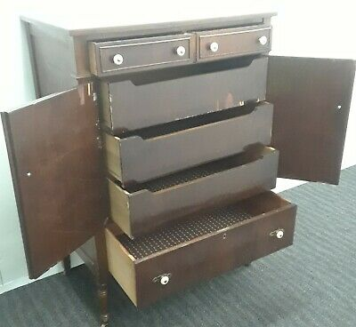 Antique hutch with doors & drawers