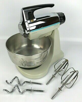 Sunbeam 1930 Mixmaster Electronic 12-Speed Stand Mixer w/ Bowl & Attachments