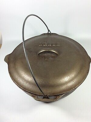"Vintage No. 10 Lodge Cast Iron DUTCH OVEN 12"" SELF-BASTING LID And Bag"