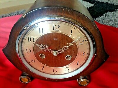 Smiths Enfield wood mantle clock chimes