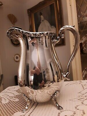 1940's CRESCENT SILVER Co CLASSIC GRECIAN SCROLL FOOTED 64oz PITCHER W/ICE LIP