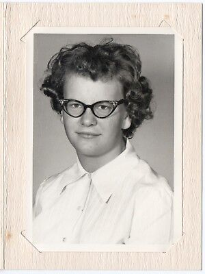 FOUND PHOTO 5x7 SCHOOL DAYS 1950s-1960s Teen Young LADY Big Hair Cat Eye Glasses