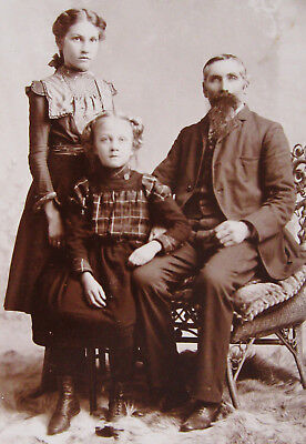 Cabinet Photo Of Loving Father Posing With His 2 Beautiful Daughters Osage Iowa