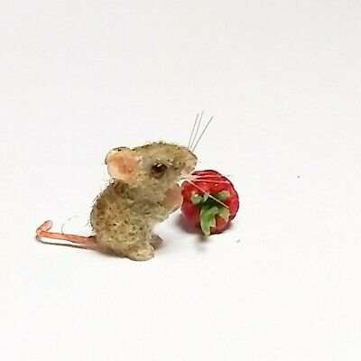Dollhouse Miniature 1/12 scale Mouse Rasberry Handmade Artist Robin Joy Andreae