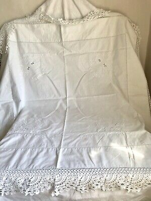 Vintage Tablecloth White Cotton Embroidery Crochet Lace Table Linen /Granny Chic