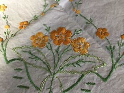 Vintage Linen Hand Embroidered/Crochet Tablecloth
