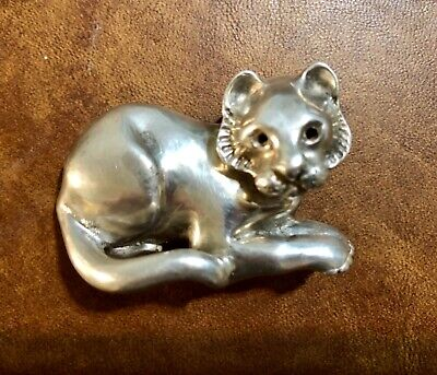 Rare Antique Georgian Victoria 19th century Sterling Silver young lion 3D brooch