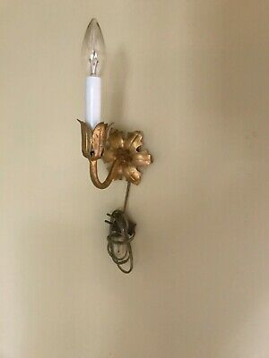 Mid Century  VTG Hollywood Regency Gilt Tole Light Wall  Sconce Electric