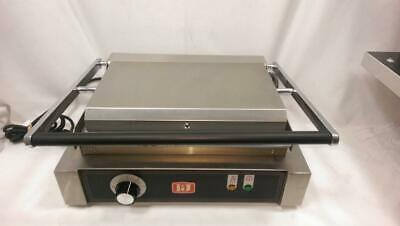 I&J Electrical Commercial Le-208 Grill / Sandwich Press