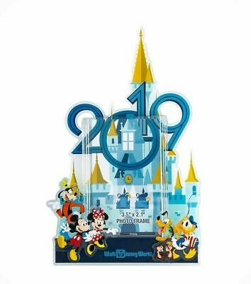 Disney Parks Disney World 2019 Mickey and Friends Photo Frame Magnet New