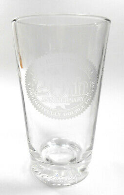 Hooters 20th Anniversary 1983-2003 Budweiser Pint Beer Glass Man Cave