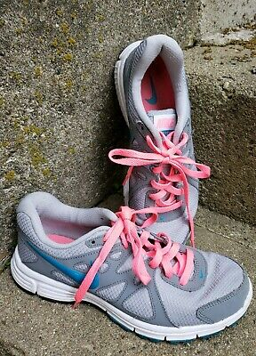 49476f87701a5 Womens Nike Revolution 2 Running shoes - size 7 - 554900-006 - gray pink
