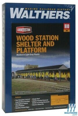 Walthers 933-3188 Wood Station Shed & Platform Kit : HO Scale