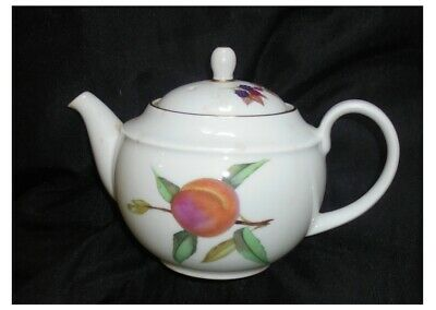 Royal Worcester Evesham Gold One Pint Baby Teapot (Peach)