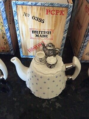 Vintage Paul Cardew Miniature One-Cup Teapot  Victoria Teatime Made in England