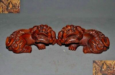 old Chinese Boxwood wood Hand carved Feng Shui lion Foo dog beast statue pair