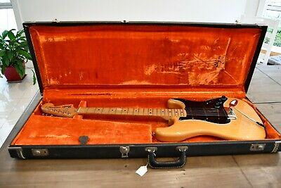 1976 Fender Stratocaster Natural, with original case - stunning vintage guitar