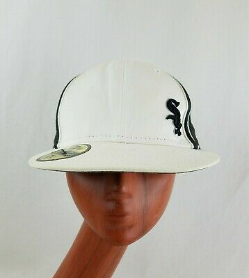 ab8eec9662d Fitted New Era White Sox Embroidered Baseball Cap Hat / Black White / Sz: 7