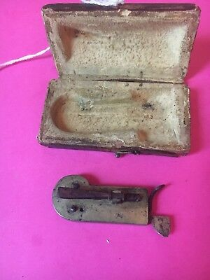 "Antique SURGEON Spring LANCET BLOOD LETTING BLEEDER  W/CASE. Marked ""D"".    34"