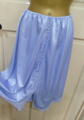 Vintage Gorgeous Blue Silky Thicker Nylon Half Slip Beautiful Lace Trim Sz 10-12