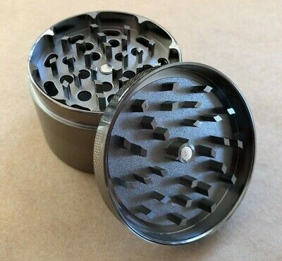 Large Tobacco Grinder 2.5 Inch Crusher Spice Mill With Rolling Tray