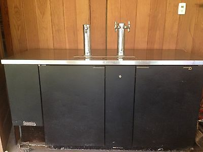 "True Tdd 3 Direct Draw Beer Dispenser 70"" 3Keg Kegerator W/3 Taps We Ship"