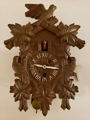 Antique Working 1950's LUX Animated Dove Cuckoo Style Pendulette Wall Clock #314