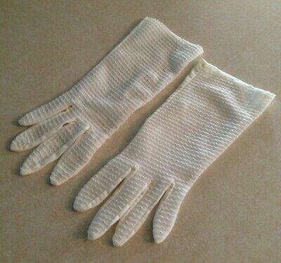 Vintage pair of Ladies' Gloves Ivory Scalloped Design Delicate