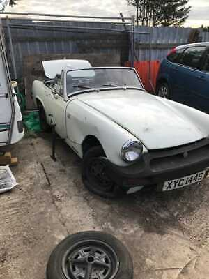 MG MIDGET convertible in need of a full restoration- non runner