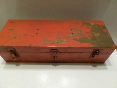 Snap On Tools Case VINTAGE 18.5 L x 6 3/4 W x 4 7/8 H still a solid tool box