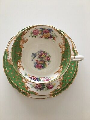 Lovely Paragon fine bone china vintage Rockingham trio, green, great condition.