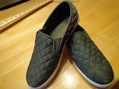 Big Buddha Women's Quilt Twin Slip-on Shoes size 9 Olive