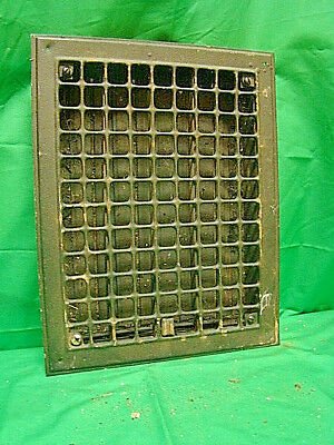 Vintage 1920S Iron Heating Grate Square Design 14 X 11 Register