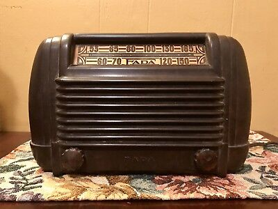 1946 FADA Radio Model 605 Universal Superheterodyne Tube Radio -AS IS/UNTESTED-
