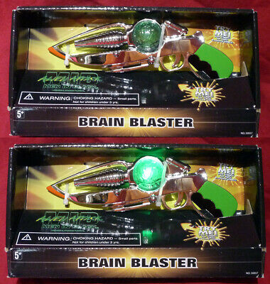 MIB Men in Black Brain Blaster Gun Lights and sounds New in package