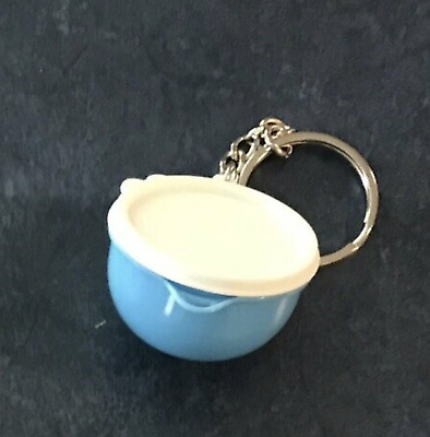Tupperware Thatsa Mega Bowl Light Blue Keychain Holds 4+Quarters or Pills New