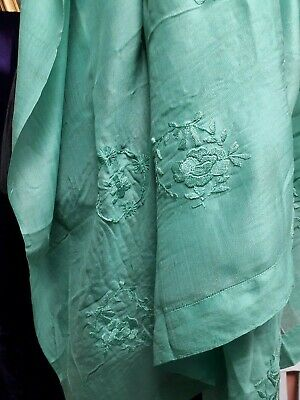 VINTAGE 1920s SHAWL SILK SCARF HAND EMBROIDERY GREEN