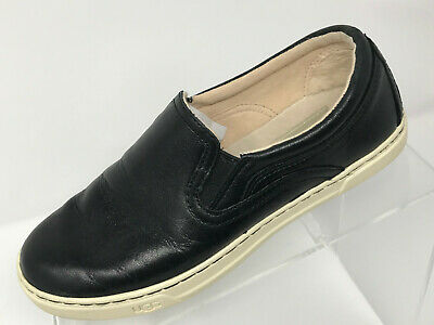 b569a12f4ee UGG FIERCE WOMENS Size US5 EU36 Black Leather Casual Slip On Sneakers