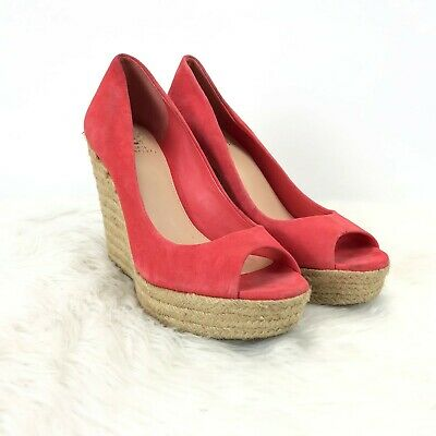 577be089163 VINCE CAMUTO TOTSI Coral Suede Espadrille Peep Toe Wedge women Size ...