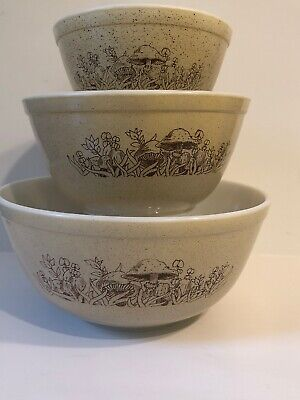 Vintage PYREX Forest Fancies Mushroom Cinderella Nesting Mixing Bowls Set of 3