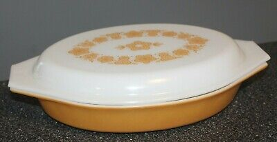 Corning Gold Butterfly 1 Qt. Divided Casserole with Lid  MINT Pyrex